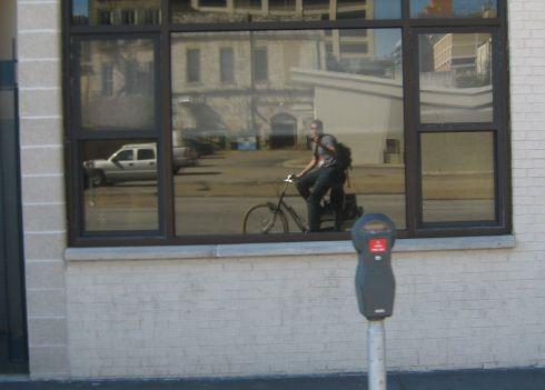 large-guy-small-bike